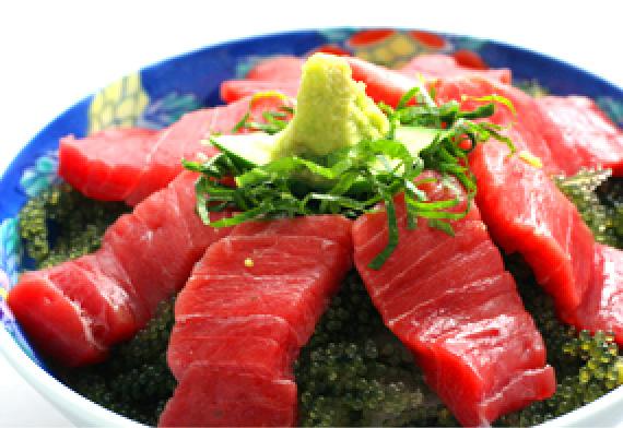 マグロと海ぶどうの海鮮丼